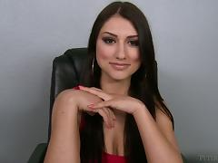 Brunette babe Scarlett Banks gives a blowjob and gets facialed