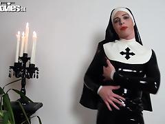 Slutty latex nun rubbing her kinky latex costume tube porn video