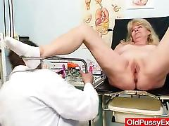 Blonde gran dirty puss test and enema tube porn video