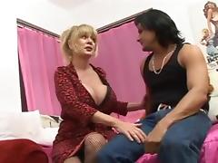 Patty Plenty - Hawt Breasty Mother I'd Like To Fuck