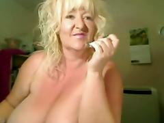Large Titts Granny in livecam R20