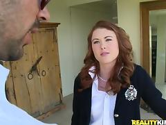 Astounding Cammie Fox Has Rough Sex With A Naughty Man