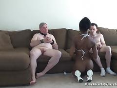 BlackGirlsWhiteSlaves: Loser Eats Cum