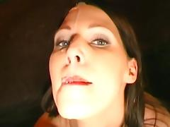 Viktoria and Melanie are swallowing big loads