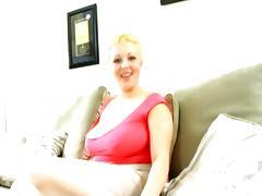 Big Titted Blonde Cutie Sidnee