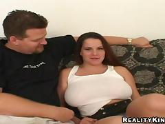 Splendid Annie Serves A Tit.job And Goes Really Hardcore
