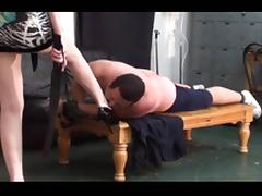 Cinthya Beating the spanked Male Slave