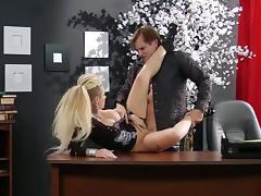 tattooed rock chick fucked on desk tube porn video