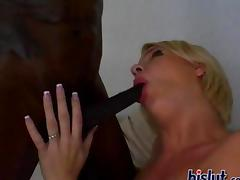 Missy is a fuck whore who loves to gobble on a dick
