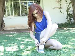 Gorgeous Redhead Rubs Her Pussy Outdoors tube porn video