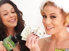 Yummy Brunette Serves A Yummy Blowjob In A Reality Video