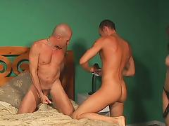 Bisexual Threesome 276