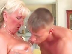 Hungarian granny fuck tube porn video