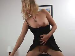 Nasty blonde momma rides a fuck machine tube porn video