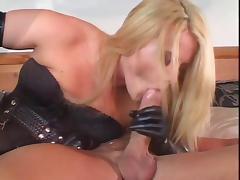 Super-sexy cock bangs a lucky guy