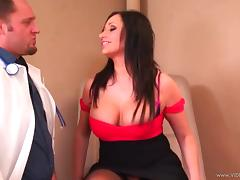 Curvaceous Vannah Sterling gets banged by a doctor