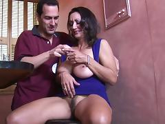 MILF Persia Monir got her snatch eaten tube porn video