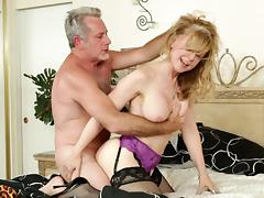 Mature pornstar Nina Hartley is banging hard