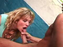 Curly wife is getting load in her mouth