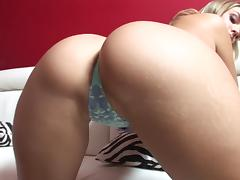 Assy blonde Brianna Love is fucking hard