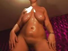 oiled up bulky mother i'd like to fuck