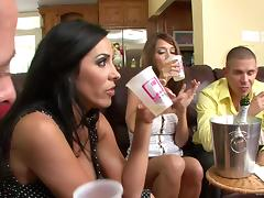 Juicy Veronica Rayne And Angelica Lane Have A Wild Foursome porn tube video
