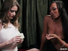 Sexy ladies make your day with this lesbian scene