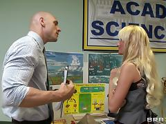 Blonde babe Alexis Monroe lets Johnny Sins drill her pussy from behind tube porn video