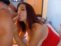 Chubby CamSlut gets huge facial