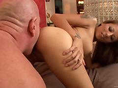 Tattooed sexploitress Gia Jakarta gets drilled by an older man