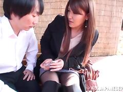 Hot Japanese model poses outdoors and gets anal porn tube video