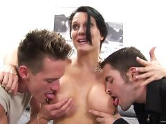 Hot Brunette MILF Gets Nailed Hardcore In MMF Threesome