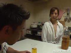 Naughty Wakaba Onoue masturbates in a living room