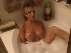 Amateur solo scene with nice blonde