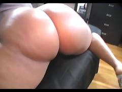 Q45 Jiggles and Wiggles Her Phat Ass