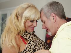 Busty mature blondie Zena Rey gets her snatch bonked well