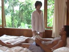Japanese skank Kei Marimura gets facialed after giving a head