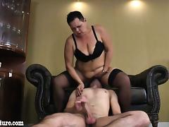 Very fat granny sucks young boy and he liks her pussy tube porn video
