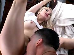 Slut adores playing with her a-hole