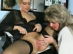 German MILF fisted by her girlfriend