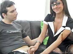 Yummy Lacey Maguire Serves A Nice Handjob And Gets Her Pussy Licked