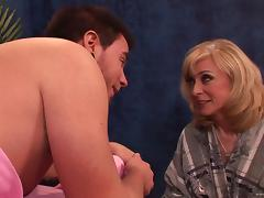 Nina Hartley massages cocky dude and gets hammered tube porn video