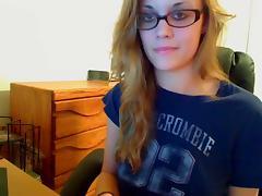Glasses Girl JILLING OFF