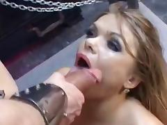 Kinky bitch loves A2M