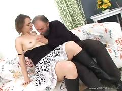 Horny MILF In Sexy Glasses Gets Her Hairy Pussy Jizzed