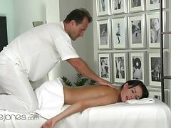 Orgasms XXX video: Samantha, Full Body Massage