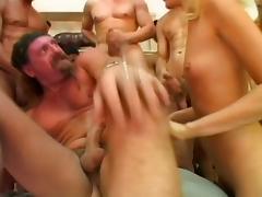 GANGBANG - HORNY SLUT