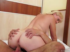 Hot sex with the mature blonde Monik