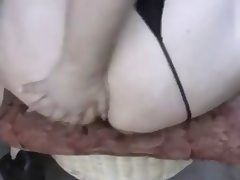 BBW plays with her asshole porn tube video