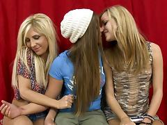 Jessie Rogers Goes Lesbian porn tube video